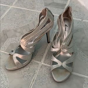Women's night out heels size 9